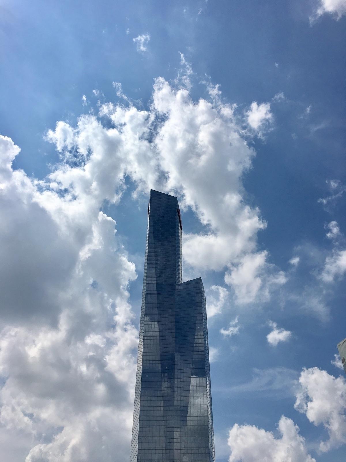 FMC Tower, Philadelphia, PA - architecture - timmcfarlaneart | ello