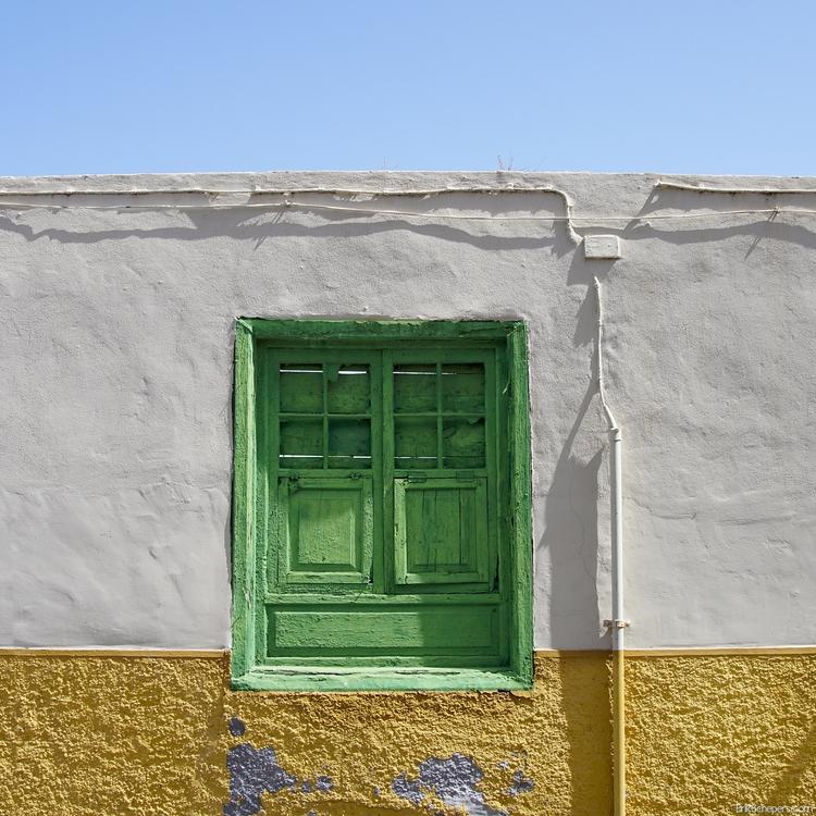 Windows powerlines Tenerife, Pu - erik_schepers | ello