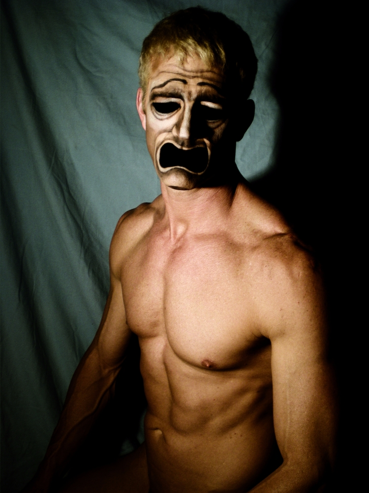 TRAGEDY MASK - Demian Savinio - photography - demiansavinio | ello