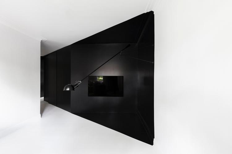 Design: architect Jean Verville - minimalist | ello