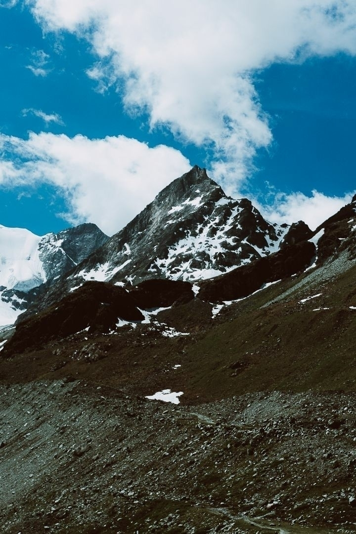 Switzerland - hiking#photography#switzerland#alps - marcantoine_vachon | ello