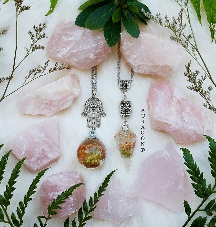 Treat piece beauty today Jewelr - auragon | ello