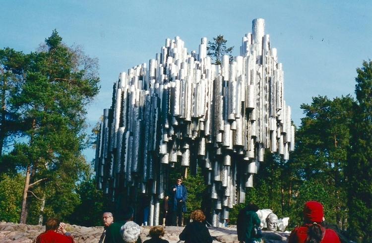 Bem centro Parque Sibelius em H - antoniomg   ello