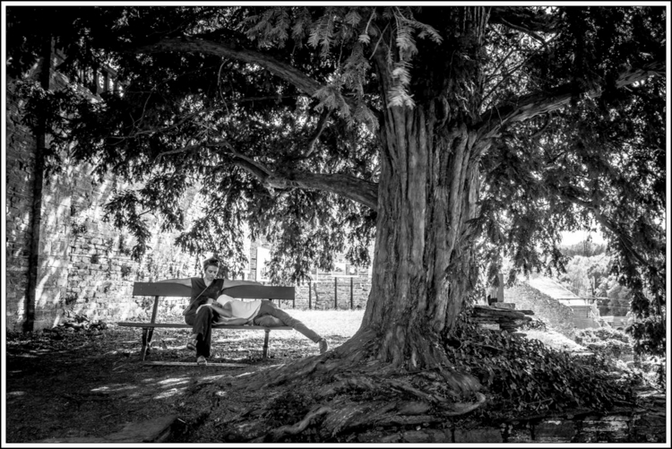 Michel Castagne - bintphotobooks | ello