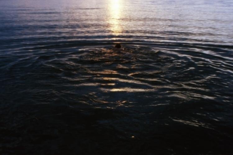 En Busca de Usted: El bautismo - noeangelito | ello