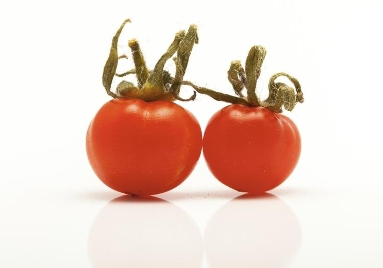 small tomatoes - photography, macro - anttitassberg | ello