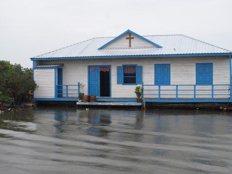 Cambodia - village, church, watervillage - kimswim   ello