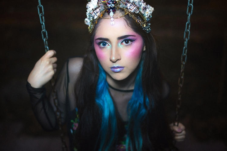 Mermaid Crown - Alejandro Amsel - alejandroamsel | ello