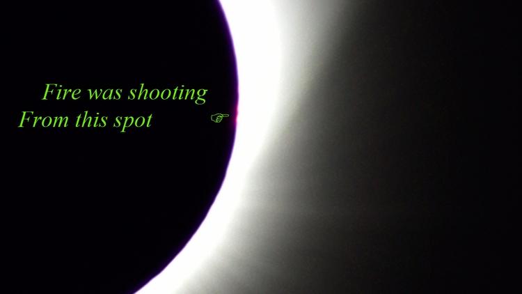 Total eclipse caught Wyoming - tornadotim | ello