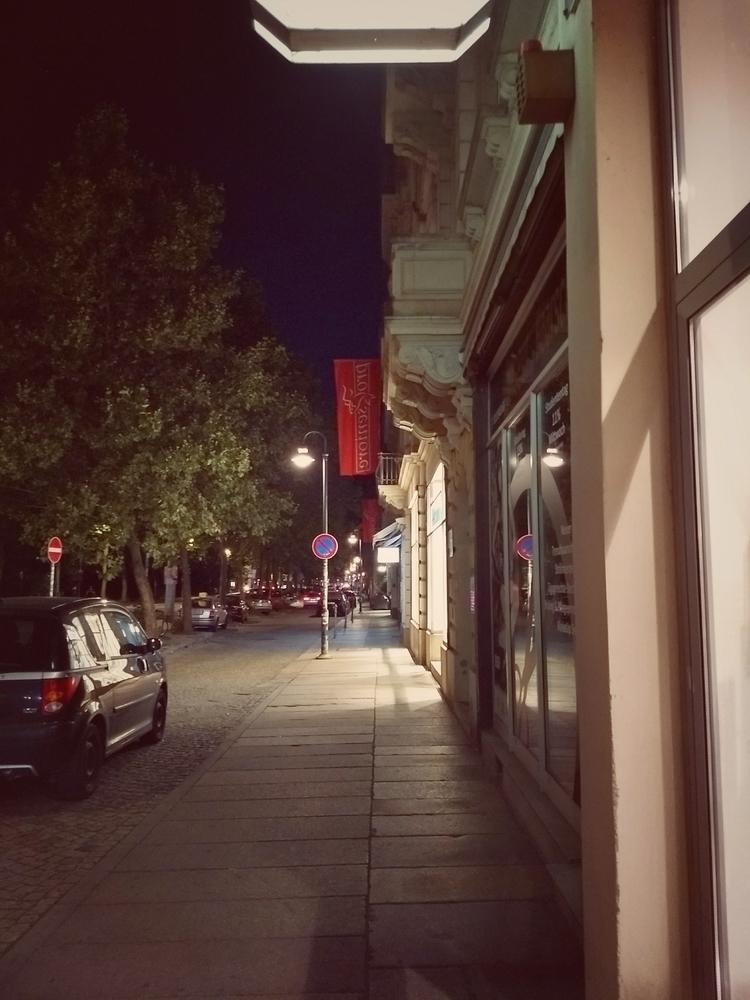 strolling, city, urban, street - claudio_g_c | ello