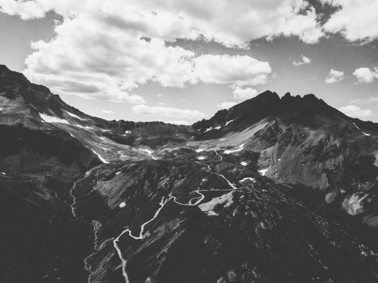 Find peak. Bag - stephenfitz | ello