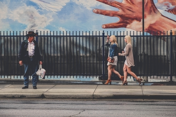 Framed venture greet. Walkabout - photograthie | ello