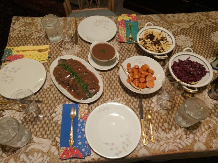 invited friend dinner. traditio - storandelli | ello