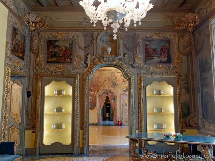 Milan (Italy): Hall Room Viscon - milanofotografo | ello