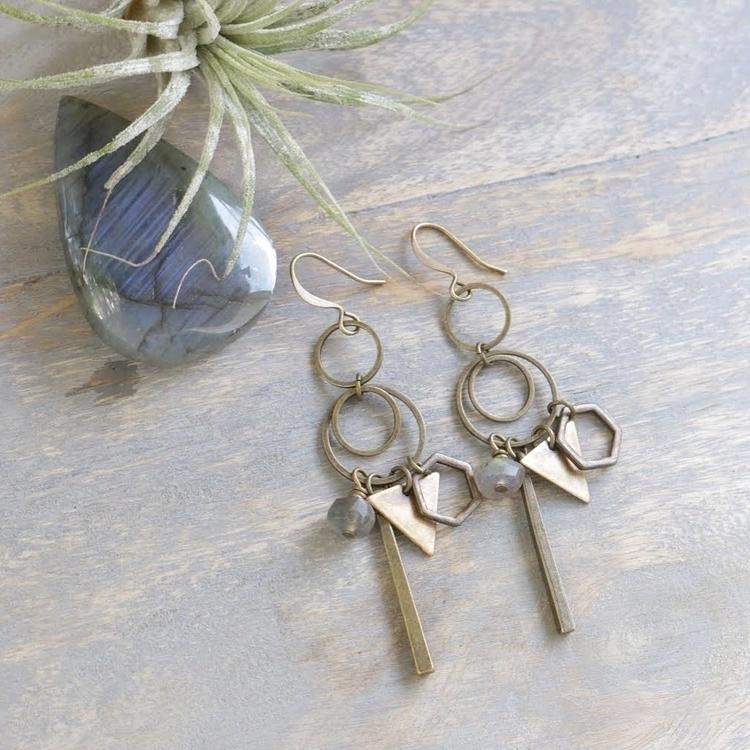 labradorite dangles - accessories - emmandflow | ello