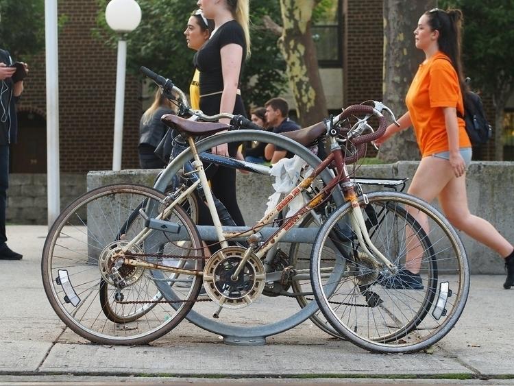 hot brown mess - Dumbo, NYCSteelponies - nycsteelponies | ello