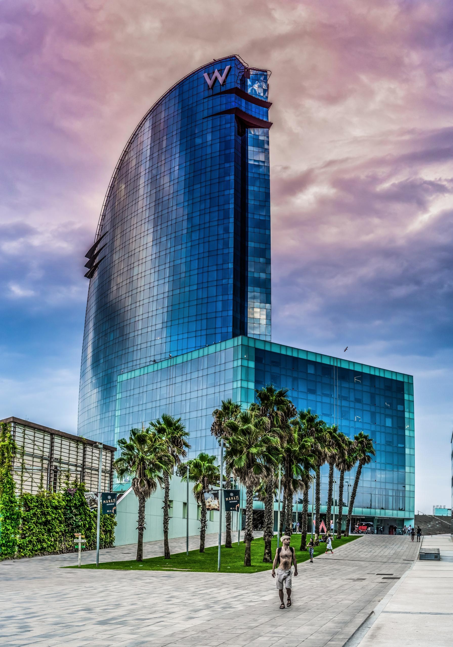 Hotel landmark beach Barcelona - rickschwartz | ello