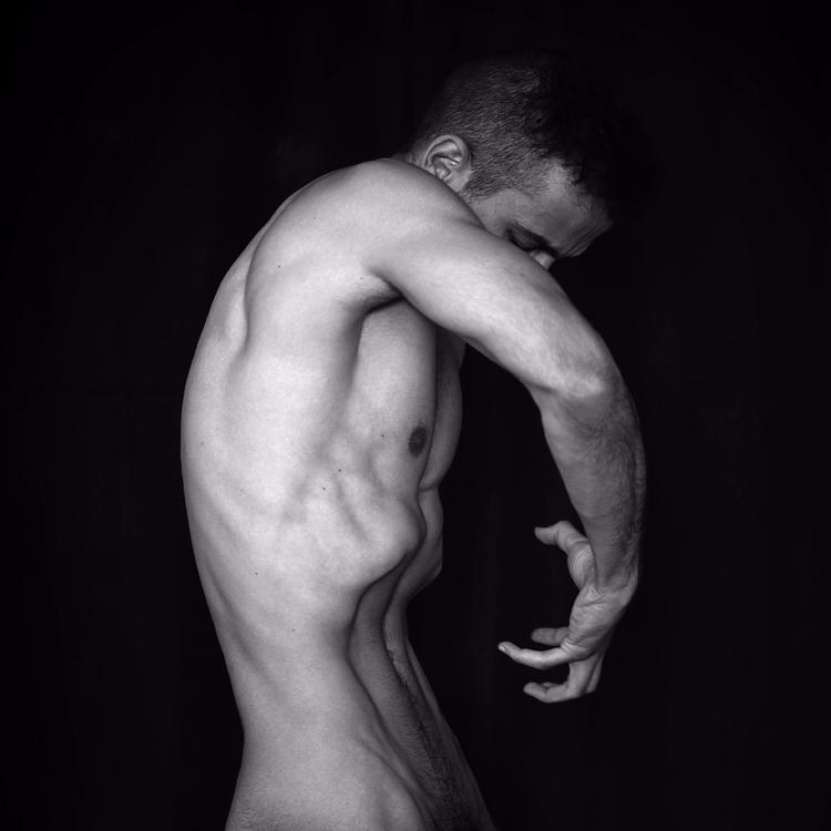 """Autophagy"" — Photographer/Mode - darkbeautymag | ello"