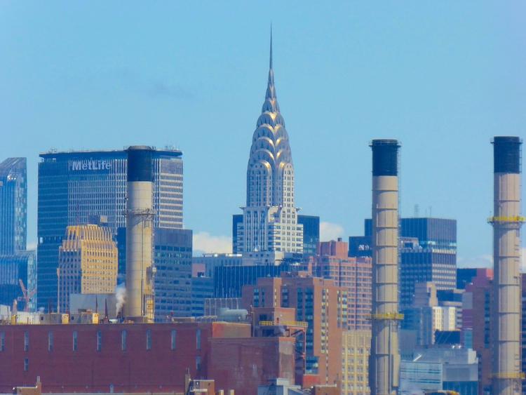 Chrysler Building – East River  - thomgollas | ello