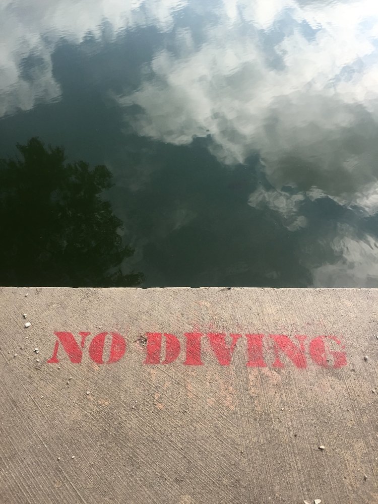 nodiving, reflection, clouds - lisaly16 | ello