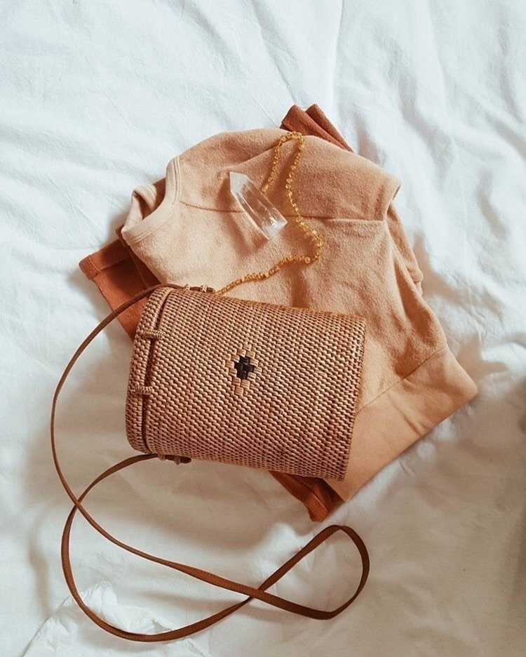 'Indie summer' woven bag. After - theivoryfawn | ello