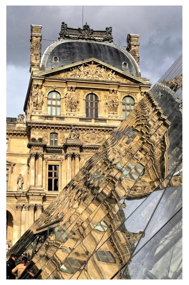 FRANCE LE LOUVRE 1 Photography  - gerardcharbonnel   ello