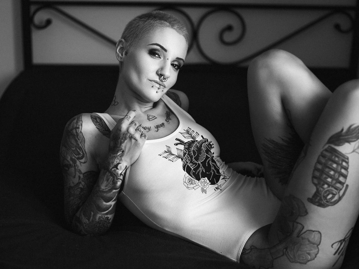 Photographer:Marco Gressler Ma - darkbeautymag | ello