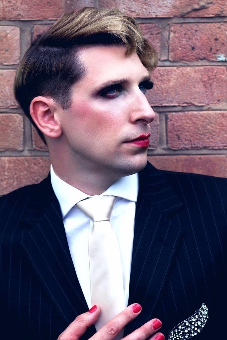 Model: Robert Powell (makeup ha - gracemmua | ello