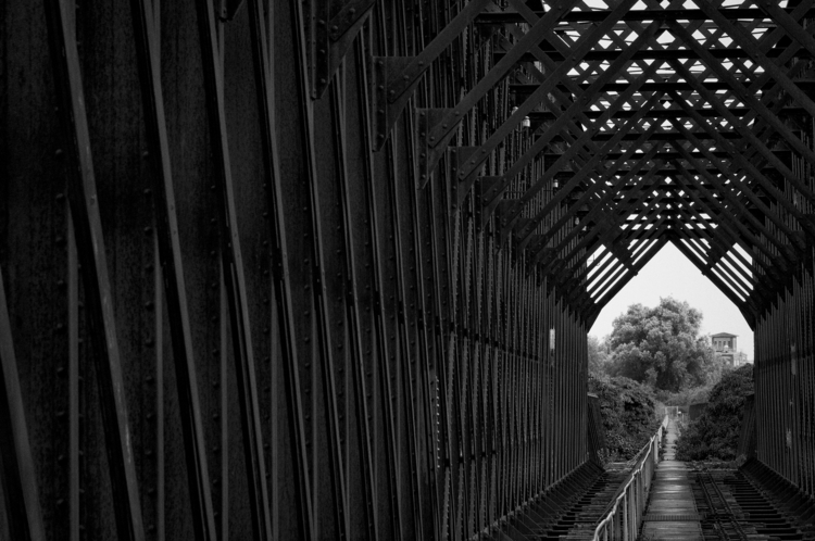 Abandoned Railway Bridge Grieth - erik0111 | ello