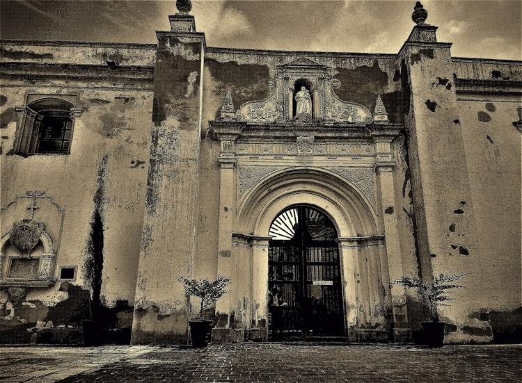 Scene Antigua Guatemala - CentralAmerica - sirhowardlee | ello