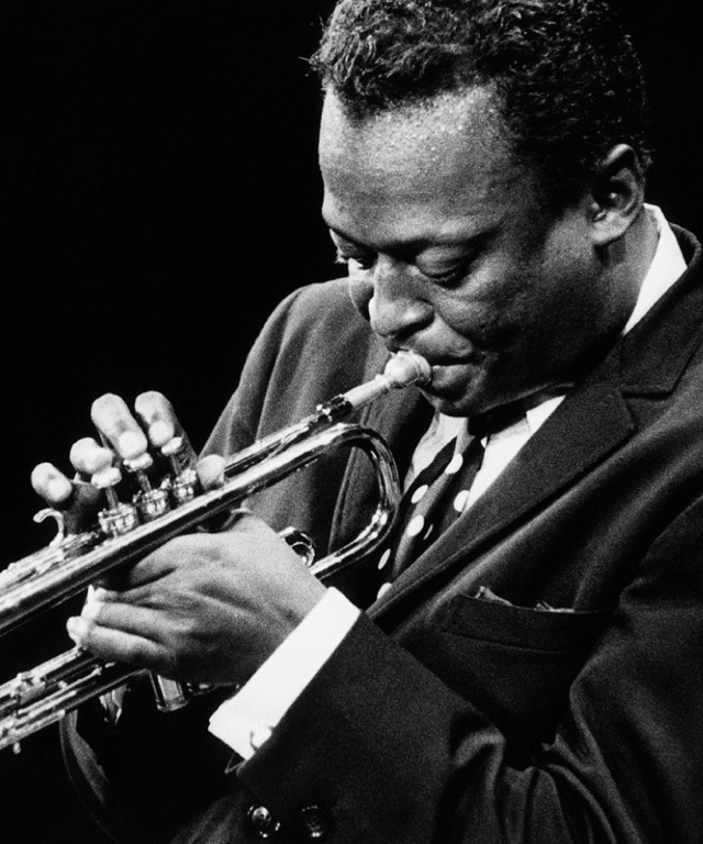 play Miles Davis - bluevertical | ello