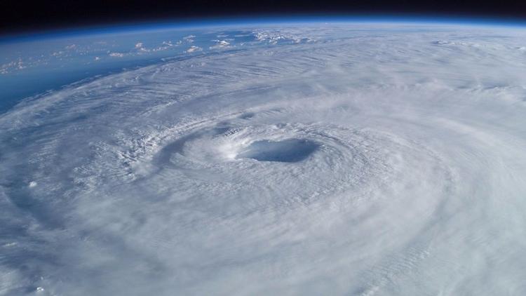 Vídeo: El huracán Irma «por den - codigooculto | ello
