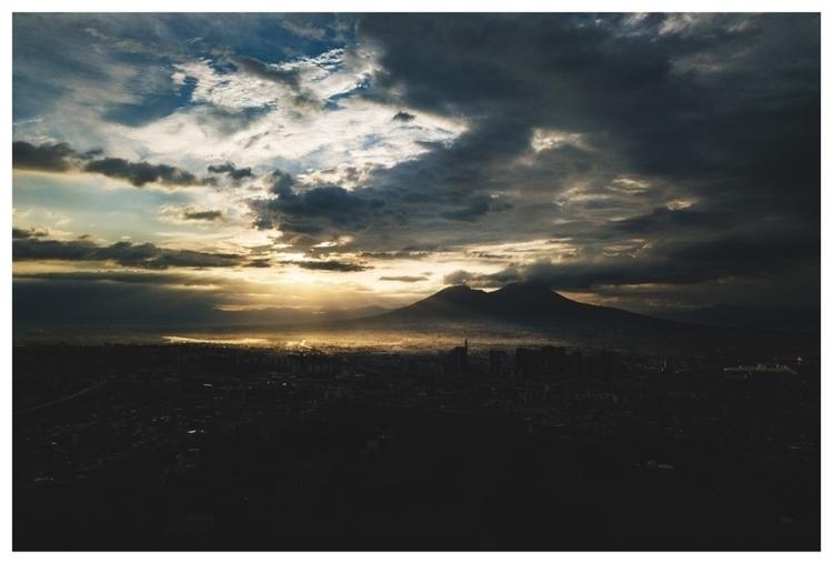 Early wake-ups bad Golden dawn  - fabioburrelli_ph   ello