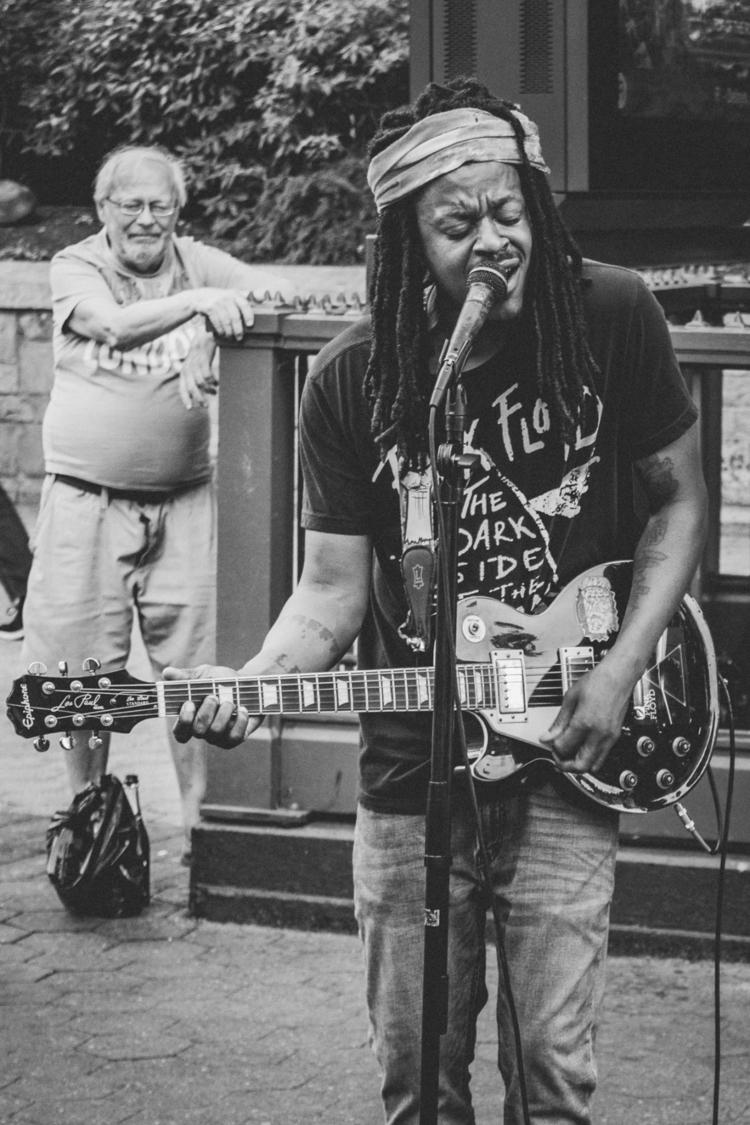 Union Square Park, musician Joh - iangarrickmason   ello