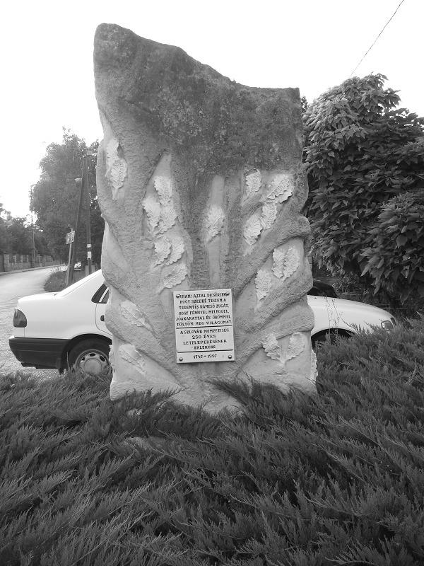Szlovák letelepedési emlékmű (S - turabazis | ello
