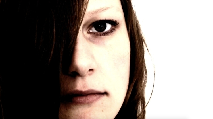 short film Labyrinth - doyouknowyourselfwellenough - pleasantcynic | ello
