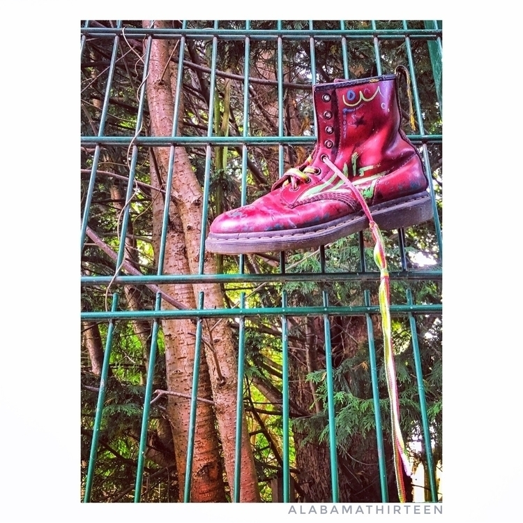 Shoe Tree | 130917 - urbex, urbanexploration - alabamathirteen | ello