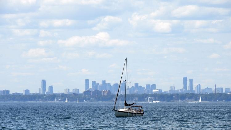 Etobicoke Skyline, shot Toronto - koutayba | ello