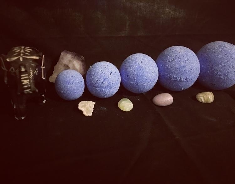bath bomb gift sets $15 5 size  - skyybombs | ello