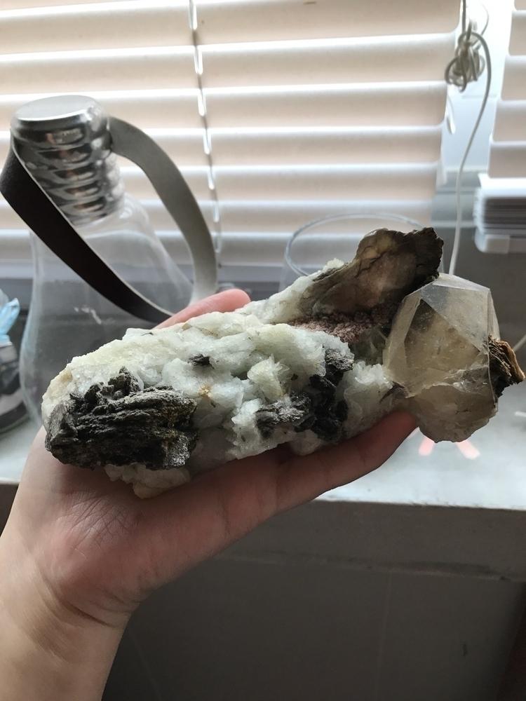 lepidolite quartz tourmaline Br - daydreamcrystalmoons | ello