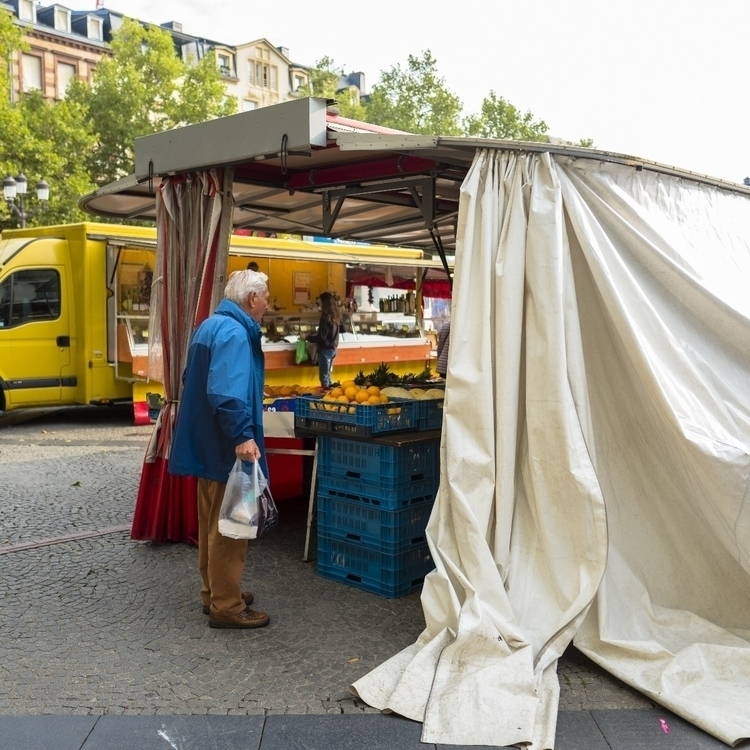 orange - luxembourgcity, streetphotos - cdelas | ello