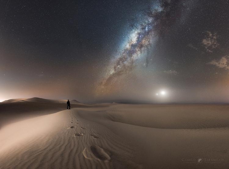Venus, Moon, Human, Sand Milky - valosalo | ello