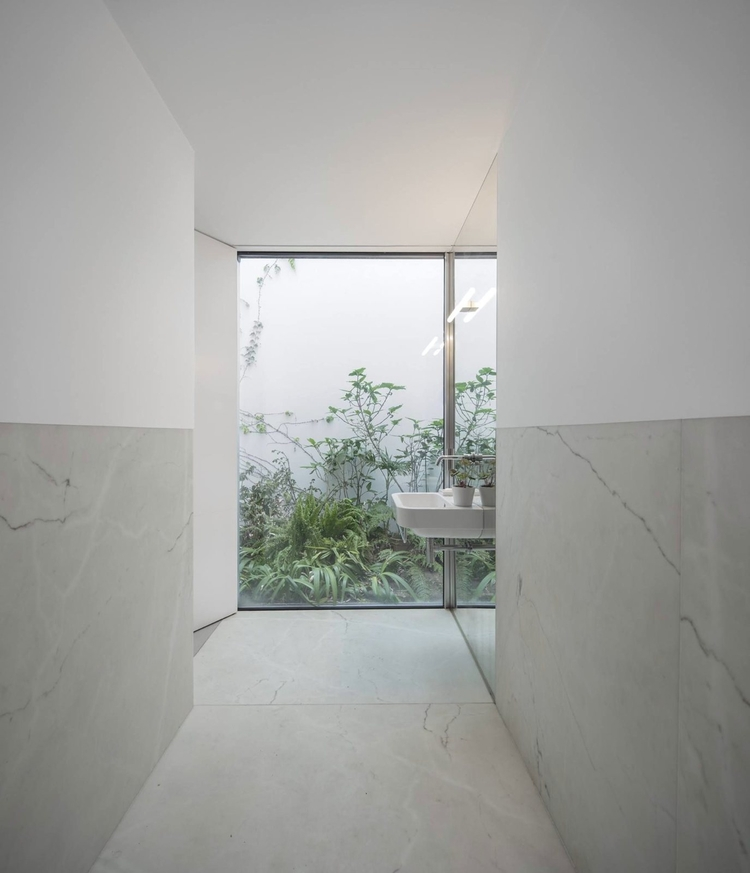 Bathroom adjoining walled garde - upinteriors | ello