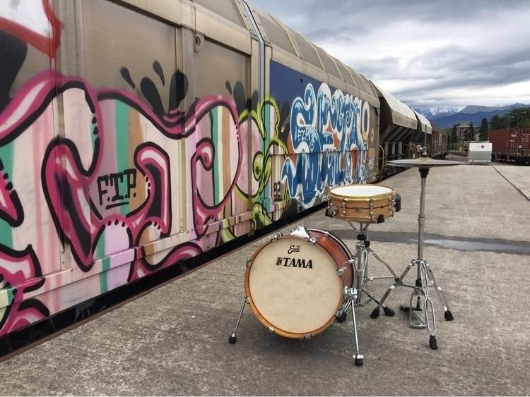 Street Beats - Thun, Drums, Art - derdrummer   ello