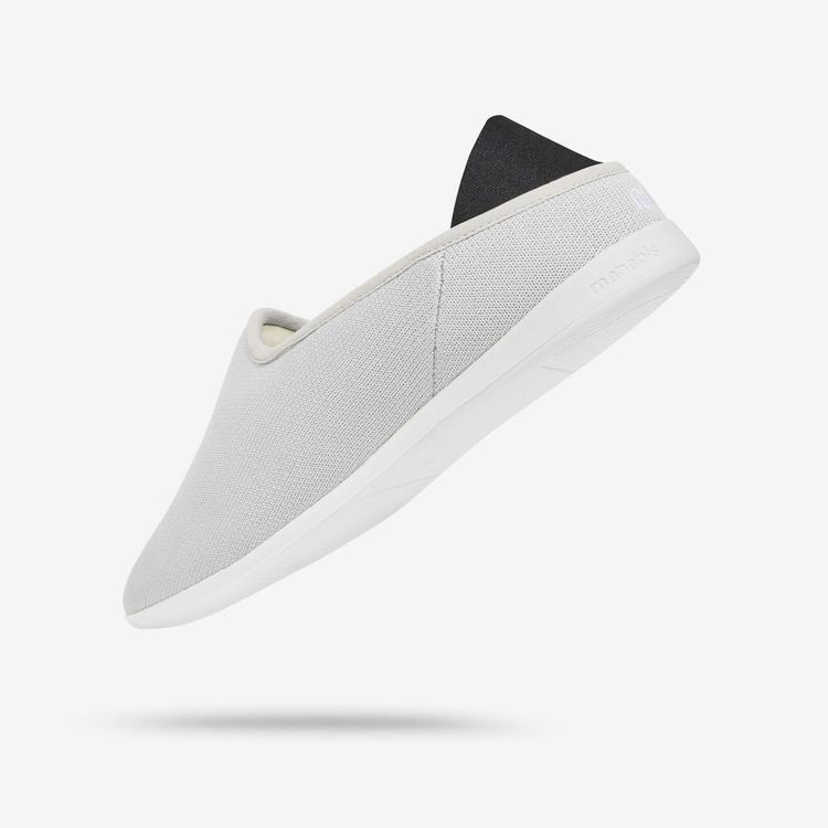 slipper; accessory overlooked.  - minimalissimo | ello