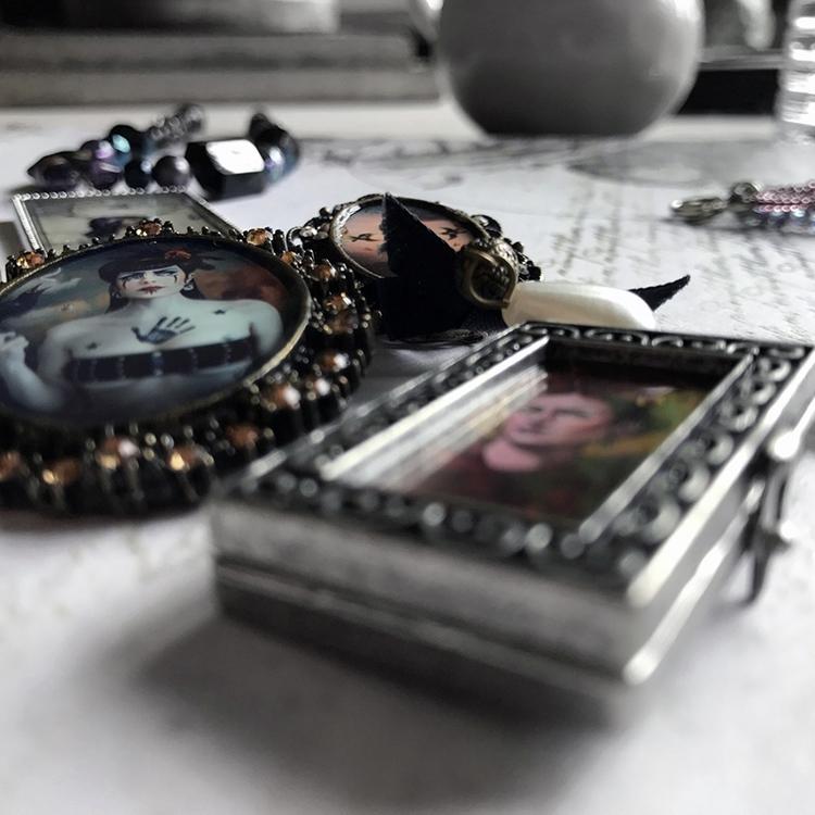 Fall Jewelry Collection Releasi - auniakahn | ello