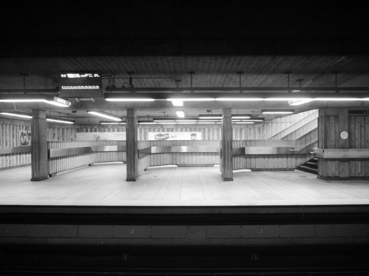 montreal, blackandwhite, photography - fiertedecactus | ello