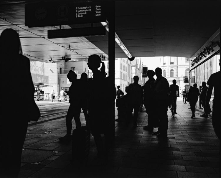 Street Photography mit analogem - royfocke   ello