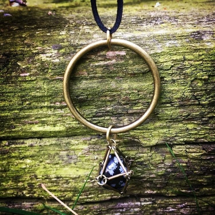 Caged snowflake obsidian neckla - goati | ello