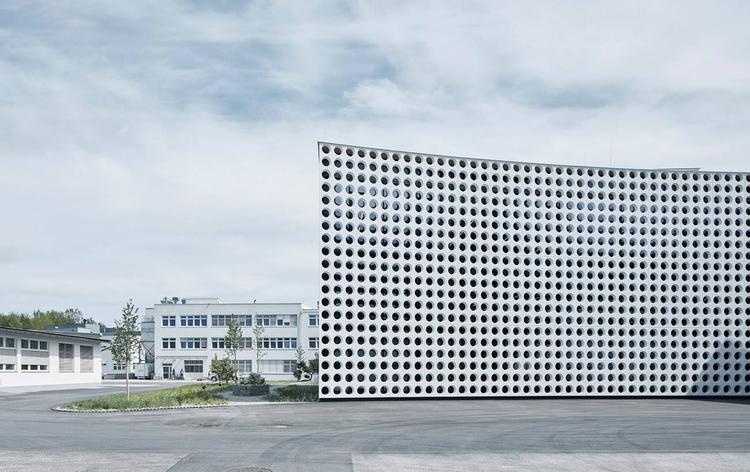 warehouse centre reminiscent sp - thisispaper   ello